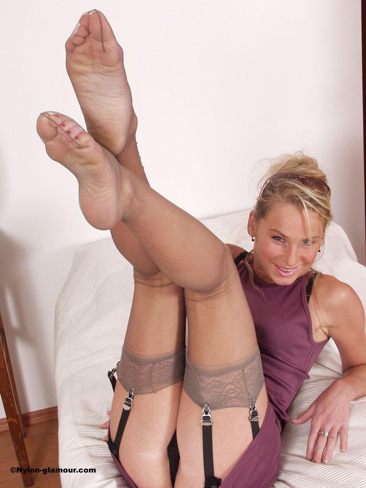 Порно фото ноги вверх 17518 фотография